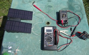 Solar panels charging the 9.6V pack